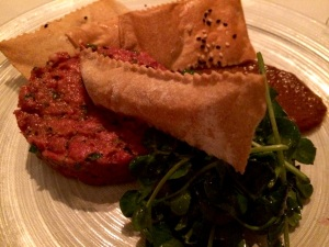 Restaurant Nora's Steak Tartare